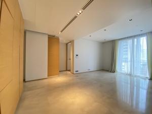 For SaleCondoSilom, Saladaeng, Bangrak : Saladaeng Residences 2 bedroom newly renovated