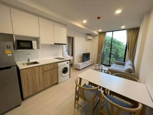 For RentCondoSukhumvit, Asoke, Thonglor : 🔥🔥 Only 350 meters away from BTS!! There is a washing machine!! Ready to move in!! [Noble Ambien 42] Line : @vcassets 🔥🔥