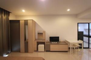 เช่าคอนโดพระราม 9 เพชรบุรีตัดใหม่ : เช่าด่วน !! ห้องแต่งสวยมาก ห้องกว้าง Supalai Premier @ Asoke