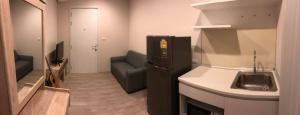 เช่าคอนโดรัตนาธิเบศร์ สนามบินน้ำ พระนั่งเกล้า : W0205#ให้เช่า คอนโด พลัมคอนโด เซ็นทรัล สเตชั่น ขนาด 26 ตร.ม ชั้น 6 (วิวเซ็นทรัล)  1 ห้องนอน 1 ห้องน้ำ (ติดห้างเซลทรัลเวสต์เกต) ค่าเช่า 6000บาท / เดือน จาก6500฿(รวมค่าส่วนกลาง)