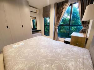 For RentCondoRama9, Petchburi, RCA : 🔥🔥 There is a washing machine!! Beautiful room!! Tree view!! [Rise Rama 9] Line : @vcassets 🔥🔥