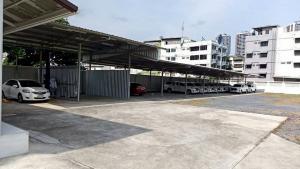 เช่าที่ดินรัชดา ห้วยขวาง : (เจ้าของให้เช่า) พื้นที่ประกอบการ พร้อมสำนักงาน ถนนประชาอุทิศ รัชดาภิเษก ใกล้รถไฟฟ้า MRT ห้วยขวาง ทำเลดีเยี่ยม