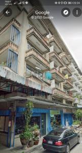 ขายตึกแถว อาคารพาณิชย์วงเวียนใหญ่ เจริญนคร : ขายตึกแถว 5ชั้นครึ่ง มีลิฟต์ สภาพดีพร้อมอยู่  ใกล้BTSวงเวียนใหญ่