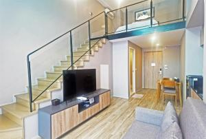 For RentCondoSathorn, Narathiwat : 🔥 (Condo for rent) Blossom Condo @ Sathorn - Charoenrat (Sathorn - Charoenrat) duplex room, complete electrical appliances cheapest
