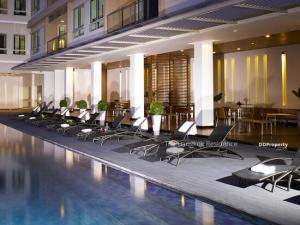 For SaleCondoSathorn, Narathiwat : 3B3B Hot Price! The Lofts Yennakart @ 17.5 MB - Large Room Fully furnished Near BTS Chong Nonsi
