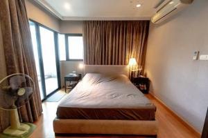 เช่าคอนโดสาทร นราธิวาส : Sathorn Gardens Condominium Corner room for rent ปล่อยเช่าคอนโด สาทรการ์เด้น
