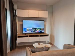For RentCondoRama9, RCA, Petchaburi : Condo for rent Life Asoke,💥beautiful decoration, good view, not blocked💥, near MRT Phetchaburi and Airport Link MakkasanSize 28 sq.m., 10th floor, Building A💰 Price 14,000 baht / month