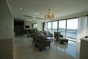 เช่าคอนโดพระราม 3 สาธุประดิษฐ์ : Starview A luxurious 3 bedrooms with large balcony ห้องสวยที่สุด ว่างครับ