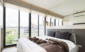 For RentCondoSukhumvit, Asoke, Thonglor : Park 24 2 bedrooms 2 bathrooms 60 sq m.