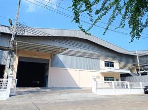 เช่าโรงงานสำโรง สมุทรปราการ : ให้เช่า โรงงาน โกดัง พื้นที่สีม่วง ริมถนนใหญ่ ใกล้ BTS แพรกษา สมุทรปราการ