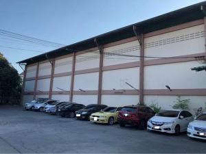 เช่าโกดังลาดพร้าว71 โชคชัย4 : ให้เช่าโกดัง พร้อมพื้นที่จอดรถ 20 คัน ริมถนนลาดพร้าววังหิน พื้นที่ 1500 ตารางเมตร ที่ดิน 375 ตารางวา เหมาะโกดังเก็บสินค้า , ศูนย์กระจายสินค้า , ศูนย์คัดแยกพัสดุ