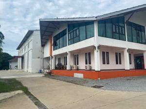 เช่าโรงงานนครปฐม พุทธมณฑล ศาลายา : ให้เช่าโกดัง , โรงงาน ขนาดใหญ่ ที่ดิน 9 ไร่ อำเภอเมือง นครปฐม รถเทรลเลอร์เข้าออกสะดวก ทำโรงพยาบาลสนามได้