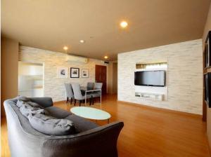 For RentCondoSukhumvit, Asoke, Thonglor : For rent 2 BR with bathtub good price 🔥