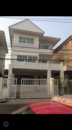For RentHouseRatchadapisek, Huaikwang, Suttisan : Home for rend Ratchada..