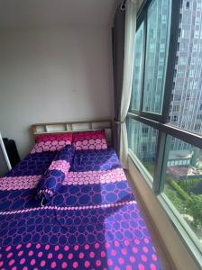 เช่าคอนโดบางนา แบริ่ง : เช่าด่วน !! ห้องแต่งสวยมาก ชั้นสูงวิวสวย IDEO MOBI Sukumvit Eastgate