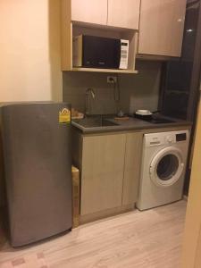 เช่าคอนโดบางนา แบริ่ง : ให้เช่า สตูดิโอ กั้นห้อง เฟอร์นิเจอร์ครบ มีเครื่องซักผ้า พร้อมอยู่ ! Rent Studio Type - Fully furnished