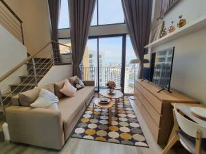 For RentCondoRama9, RCA, Petchaburi : Duplex 45 sqm for rent Ideo Mobi Asoke
