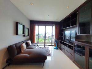 For RentCondoSukhumvit, Asoke, Thonglor : *65sqm big 1bed unit rent at 30k in Phrom Phong area*