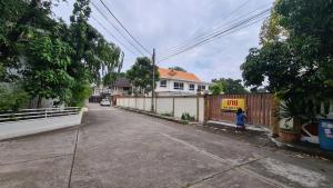 For SaleHouseBangna, Lasalle, Bearing : Quick sale, 2 storey detached house, Bangna Villa, Bangna-Trad 39, good location, land size 186 sq.wa.