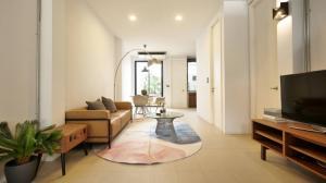 For RentTownhouseRama9, RCA, Petchaburi : Townhouse For rent 2 bed 2 bathroom area Phetchaburi road 3min to Thonglor (ZTH352)