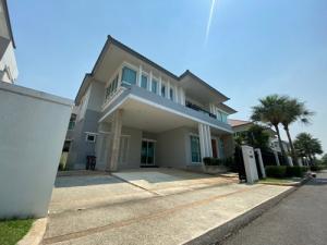 เช่าบ้านมีนบุรี-ร่มเกล้า : 6409-278 ให้เช่า บ้าน พระราม9-ศรีนครินทร์ Grand bangkok boulevard 4ห้องนอน 2ที่จอดรถ