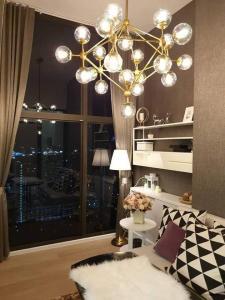เช่าคอนโดพระราม 9 เพชรบุรีตัดใหม่ : ให้เช่า Chewathai Resident  Asoke LOFT 2 ชั้น แต่งครบพร้อมอยู่ ชั้น 26 วิวเมือง โล่ง โปร่ง สบาย