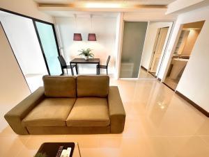 For RentCondoOnnut, Udomsuk : ⭐️THE WATERFORD S50⭐️🐶🐱BTS Onnut 1.2km | #RE0208 | 43.5sqm | 1BR/1BT | Floor 7 | 6-12m lease