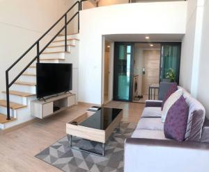 For RentCondoRattanathibet, Sanambinna : for rent Knightsbridge Tiwanon  type 1 bed 1 bath  loft   size 40 sq.m  fully furnished   floor 18  best price 16,000  contact porto 062-2189555  Line : i-portofc