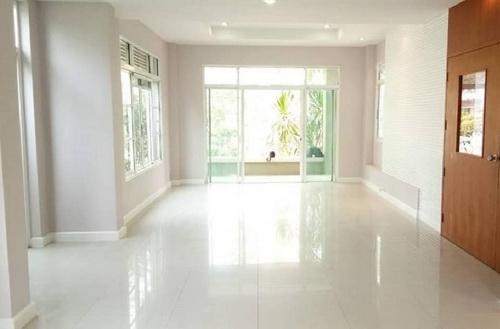 ขายบ้านมีนบุรี-ร่มเกล้า : 6408-503 ขาย บ้าน พระราม9 กรุงเทพกรีฑา Nusasiri Rama 9-Wongwaen 3ห้องนอน สวนหน้า-หลังบ้าน