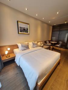 For RentCondoSukhumvit, Asoke, Thonglor : Park24 30 sq.m. Hot price 15k