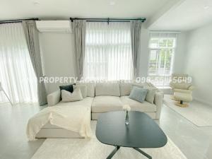 เช่าบ้านบางนา แบริ่ง ลาซาล : 💥Single house for rent Mantana Bangna-Wongwean (Soi Ram2), 4 bedrooms, 5 bathrooms💥