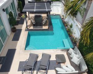ขายบ้านพัทยา บางแสน ชลบุรี : Modern villa 4 BR in Pattaya, Jomtien