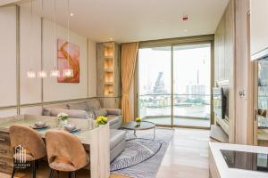 เช่าคอนโดวงเวียนใหญ่ เจริญนคร : มีห้องนี้เท่านั้น!  ตกแต่งสวยมากๆ ใช้เฟอร์อย่างดี เห็นวิวแม่น้ำชัดเจน 1 ห้องนอน 50,000 บาท/เดือน