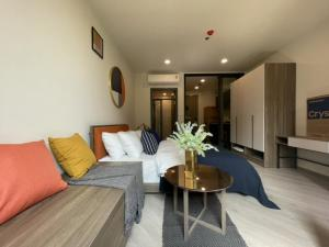 For RentCondoVipawadee, Don Mueang, Lak Si : Condo just completed, The Base Saphan Mai, furniture, electrical appliances. The dressing room is ready.