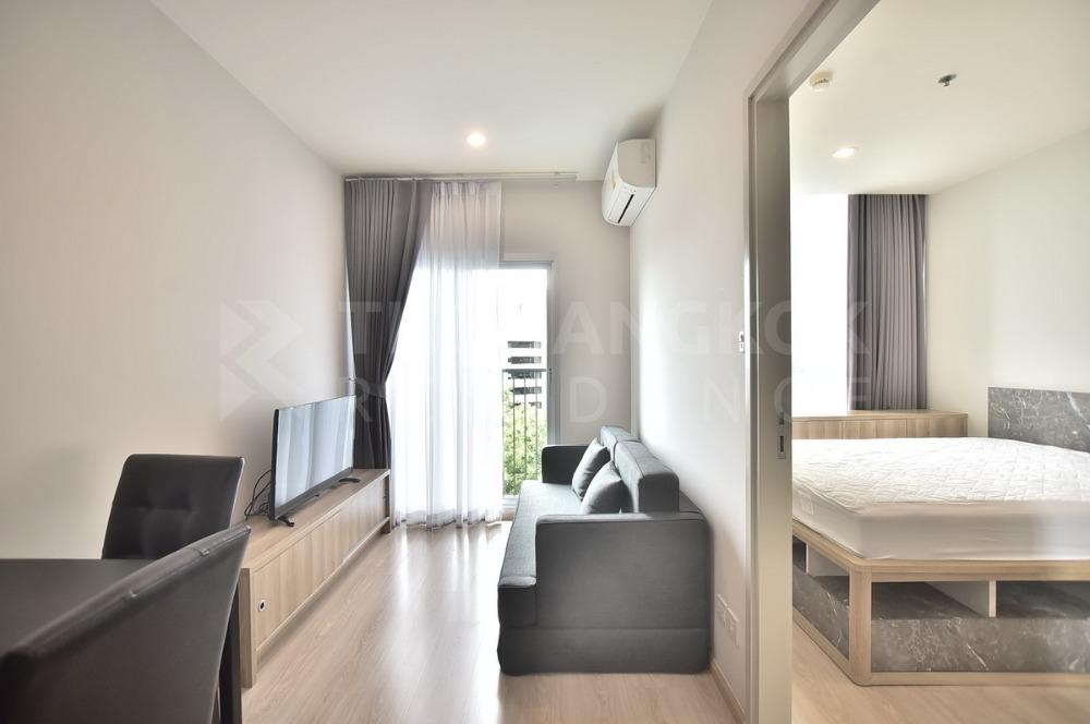 For SaleCondoRatchadapisek, Huaikwang, Suttisan : Condo for sale, Noble Revolve Ratchada 2, near MRT , 3.49 million, 1 bedroom, 1 bathroom, 26 sq.m. Pls.Call now 090-9193641 Jee