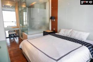 เช่าคอนโดสุขุมวิท อโศก ทองหล่อ : GPR12165 : The Address Sukhumvit 28 (ดิ แอดเดรส สุขุมวิท 28) For Rent 48,000 bath💥 Hot Price !!!  ✅โครงการ : The Address Sukhumvit 28 (ดิ แอดเดรส สุขุมวิท 28) ✅ราคาเช่า 48,000 Bath ✅แบบห้อง  2 ห้องนอน 2 ห้องน้ำ  1 นั่งเ