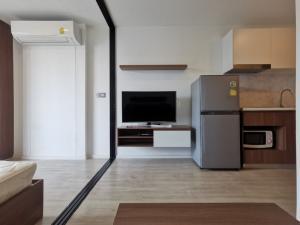 เช่าคอนโดโชคชัย4 ลาดพร้าว71 : [ให้เช่า] คอนโด Atmoz ลาดพร้าว 71 1 Bedroom 1ห้องนอน 1 ห้องน้ำ พื้นที่ 23.95 ตร.ม. ชั้น8  ตึก D เฟอร์ครบพร้อมอยู่
