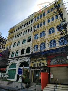For RentShophouseSukhumvit, Asoke, Thonglor : Shop House for rent on Sukhumvit 33 - Promphong
