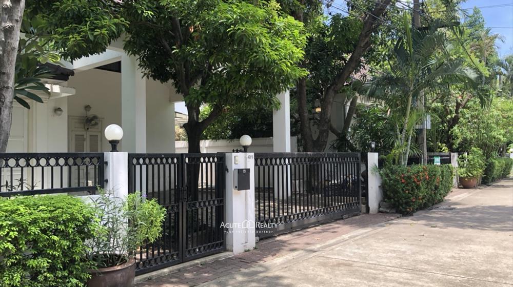เช่าบ้านสุขุมวิท อโศก ทองหล่อ : ให้เช่าบ้านเดี่ยว โครงการโนเบิ้ล เฮาส์ ทองหล่อ 4 ห้องนอน 4 ห้องน้ำ