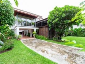 ขายบ้านสุขุมวิท อโศก ทองหล่อ : Single House With Private Swimming Pool In Ekkamai For Sale (with tenant) ขายบ้านเดี่ยวเอกมัยพร้อมผู้เช่า