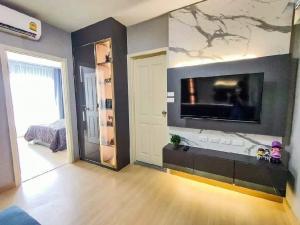 For RentCondoRama9, Petchburi, RCA : Supalai Veranda Rama 9 🍁 beautiful decorated room 🍁 13000 baht only