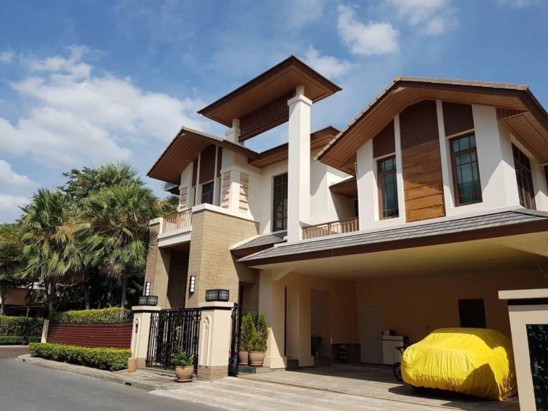 For SaleHouseSukhumvit, Asoke, Thonglor : H560-Sale with tenant Detached House Pool Villa House 2 floors Baan Sansiri Super Luxury house Prime Sukhumvit Sansiri Sukhumvit 67 Corner house