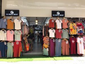 เช่าพื้นที่ขายของ ร้านต่างๆราชเทวี พญาไท : ให้เช่าพื้นที่ขาย ร้านค้า เสื้อผ้าตลาดประตูน้ำ ตึกโฟร์ซีซั่นมอลล์ ซอยเพชรบุรี 19-21