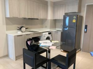เช่าคอนโดสุขุมวิท อโศก ทองหล่อ : CONDO FOR RENT!!! Vtara Sukhumvit 36 2 Bedroom 66 Sq.m (Full Commission)