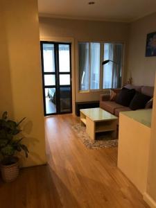 เช่าคอนโดสุขุมวิท อโศก ทองหล่อ : 6408-233 ให้เช่า คอนโด อโศก พร้อมพงษ์ MRTเพชรบุรี Grand Parkview Asoke 1ห้องนอน ชั้นสูง