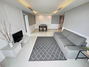 เช่าคอนโดอ่อนนุช อุดมสุข : 6408-231 ให้เช่า คอนโด อ่อนนุช บางจาก BTSพระโขนง Waterford Sukhumvit 50 2ห้องนอน มีอ่างอาบน้ำ
