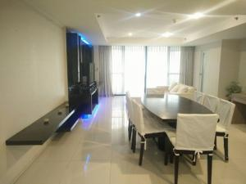 เช่าคอนโดสุขุมวิท อโศก ทองหล่อ : 6408-190 ให้เช่า คอนโด อโศก พร้อมพงษ์ BTSอโศก LAS COLINAS 1ห้องนอน ห้องมุม วิวTerminal 21