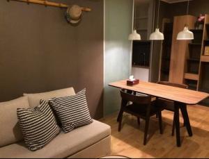 เช่าคอนโดพัฒนาการ ศรีนครินทร์ : 6408-172 ให้เช่า คอนโด พัฒนาการ ศรีนครินทร์ APLหัวหมาก U Delight Residence 1ห้องนอน พร้อมเข้าอยู่