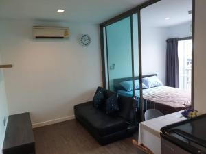 For RentCondoChengwatana, Muangthong : (For Rent) Condo B Campus Prachachuen: large room, closed kitchen, furniture + electrical appliances, near The Mall Ngamwongwan 600 m.
