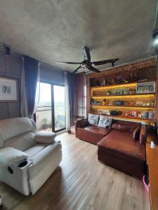 For RentCondoChaengwatana, Muangthong : Condo for rent, Victoria Lakeview, Muang Thong, 2 bedrooms, Building 1, 27th floor.